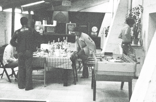 Carlos Alomar, George Murray, Roy Young at table and Robin Clarke